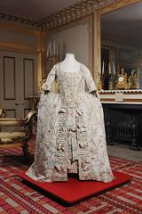 Hand painted Chinese silk robe and petticoat, c1760-1765 (Royal Pavilion & Brighton Museums) Tags: fashion clothing style georgian regency royalpavilion eighteenthcentury
