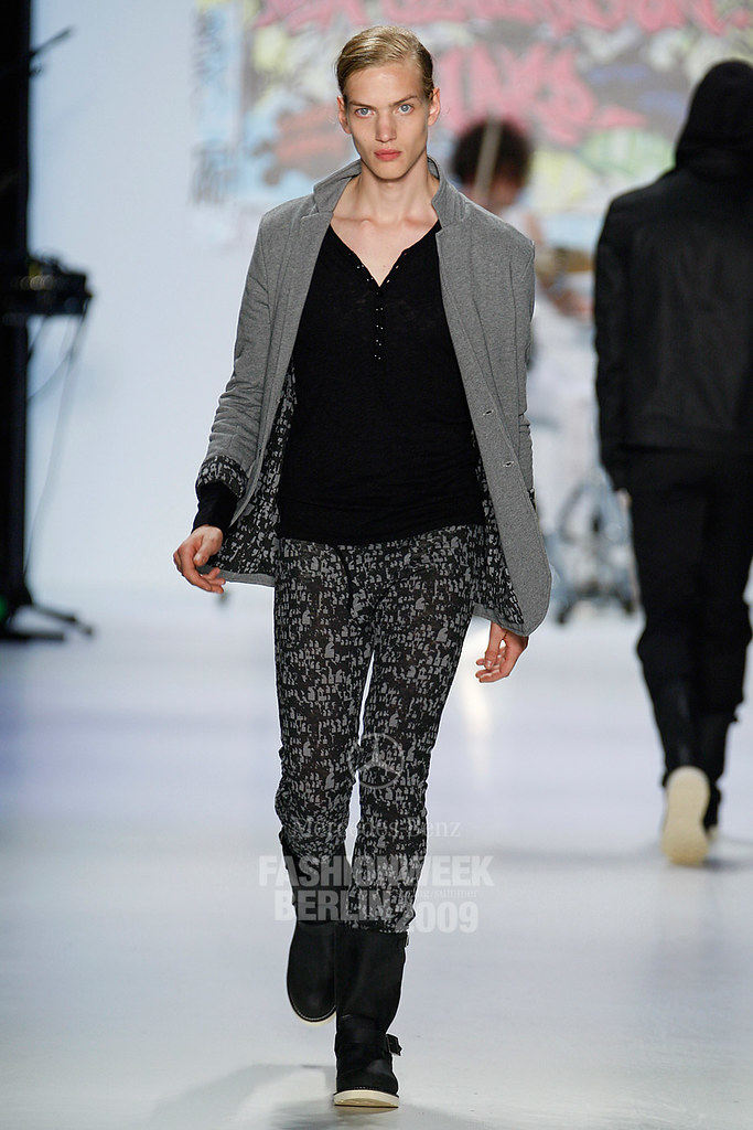 SS09 Mercedes-Benz Fashion Week Berlin_QED004_Paul Boche