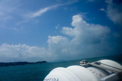 快快樂樂坐船過大海~