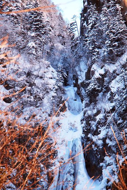 110228_090724_層雲峡_流星・銀河の滝