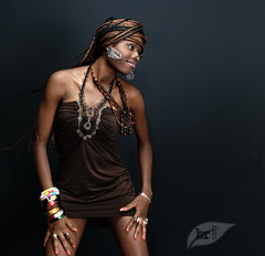 Ayeni Modupe Oluwaseun (Bedarumica) Tags: girls light portrait woman brown black art love girl beautiful beauty fashion hair happy donna arte skin gimp happiness lovers passion ruth thegimp belli miriam ritratto pelle bellezza ragazza daniele beautyful brunetti hairstylist carmeli 2011 fascion flickraward bedarumica