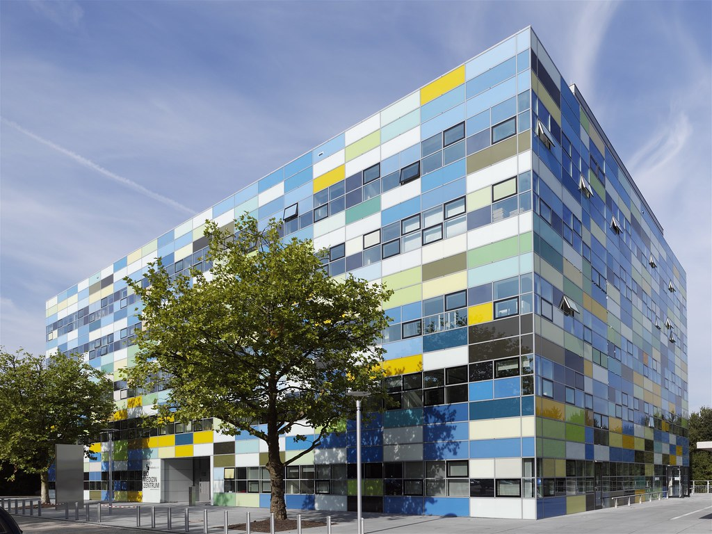 Aluminium in BMZ building in Bochum, Germany
