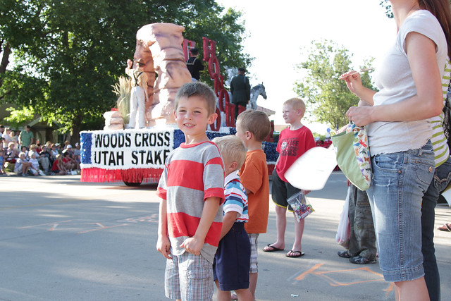 bountiful parade