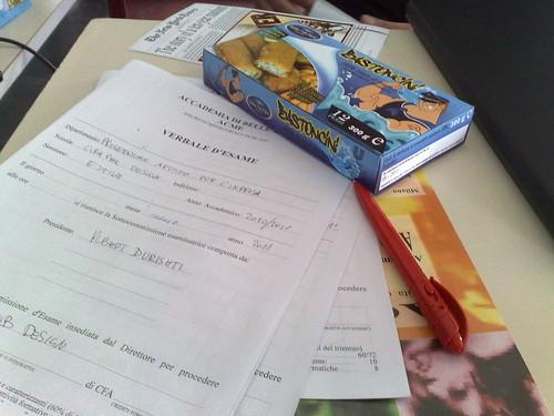 Il tavolo degli esami by durishti