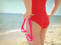 Primeros das de playa .... (Maril Irimia) Tags: summer beach nikon goggles july playa julio verano swimsuit baador softtones tonospastel tonossuaves gafasdenatacin mygearandme marilirimia marilirimiafotografa