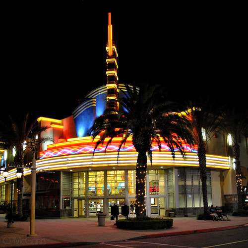 Movie theatre in la costa ca