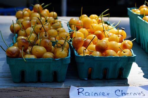 market cherries