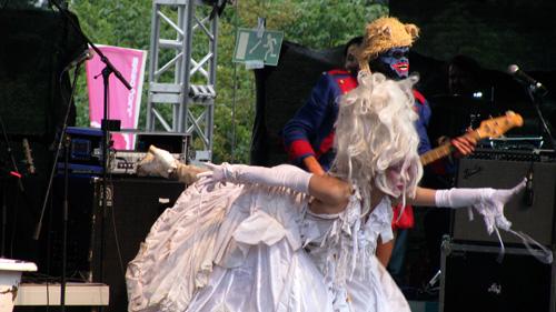 Bonaparte - Juicy Beats 2011