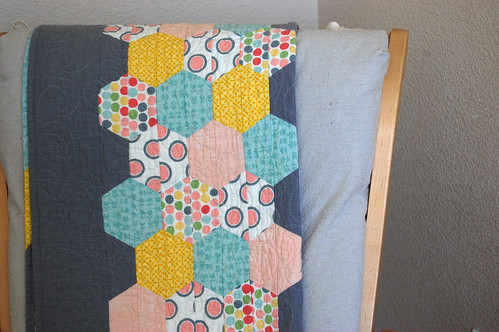 hexagon stripe quilt
