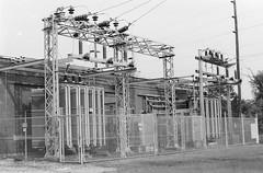 large PECO 34.5kv sub (en tee gee) Tags: transformer pennsylvania substation peco 4kv 345kv