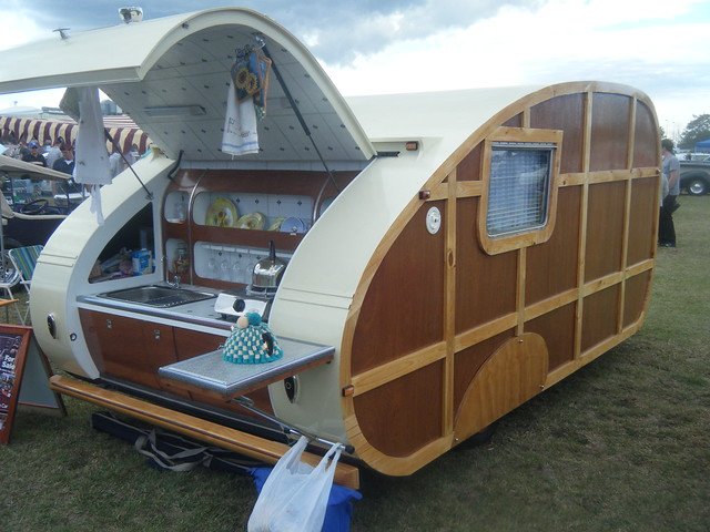 1946 Replica Caravan
