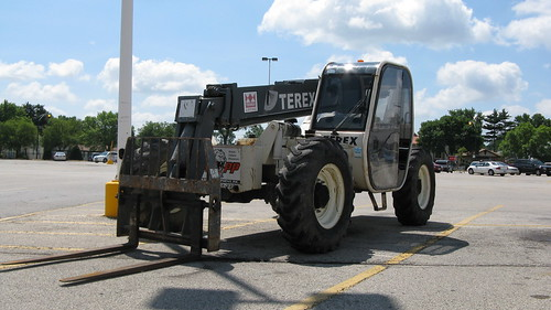 A Terex Lifting tractor crane. Chicago Illinois USA. Early August 2011. by Eddie from Chicago