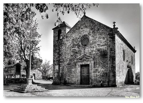 Igreja de Longos Vales (b/w) by VRfoto