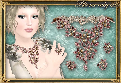 ALIENA ruby set