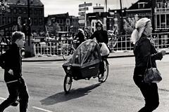 Life@Netherlands. (Cobbelo) Tags: life people netherlands leiden transport gouda byke