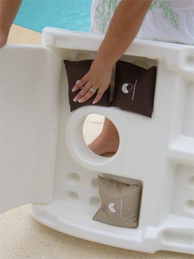 White Plastic Cornhole Set1