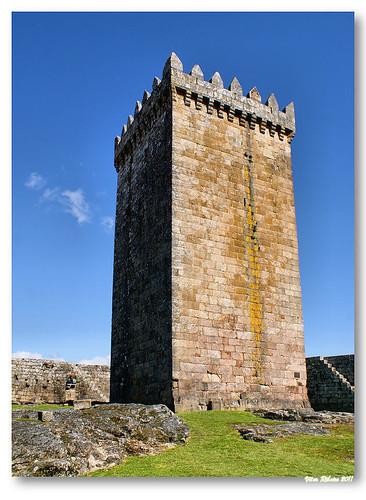 Torre de menagem do castelo de Melgaço by VRfoto