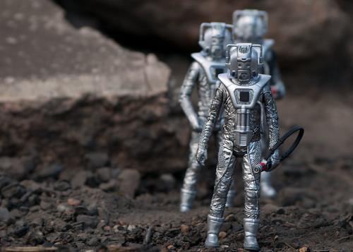 Cybermen on a mission