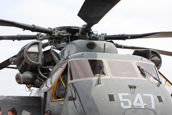 QCAS11_MH-53E_52