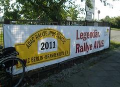 ADAC Rallye AVUS Classic 2011 ... (bayernernst) Tags: 2011 juli 08072011 sn207547 deutschland berlin meinberlin rallyeavus rallyeavusclassic rallyeavusclassic2011 rallye avus adac oldtimer oldtimerrallye motorsport gelb kontrast rot