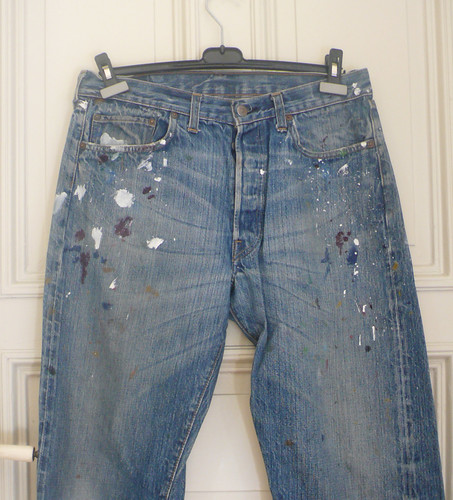 urban fashion festivals style pop 2nd jeans cotton converse customized denim trend levis flares tees fashiondesign bootcut vintagejeans rawdenim denimjackets recycledenim graphicsprints customizeddenim