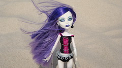 Spectra (Endless Toys) Tags: beach monster high sand doll dolls wind zombie ghost spectra mattel yelps ghoulia vondergeist