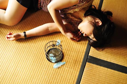 [フリー画像] 人物, 女性, アジア女性, 寝顔・寝ている, 日本人, 201107142100