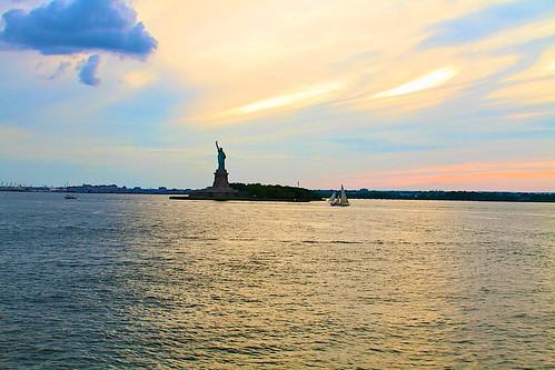 nyc sunset usa newyork sol america liberty ellis journey sail statueofliberty