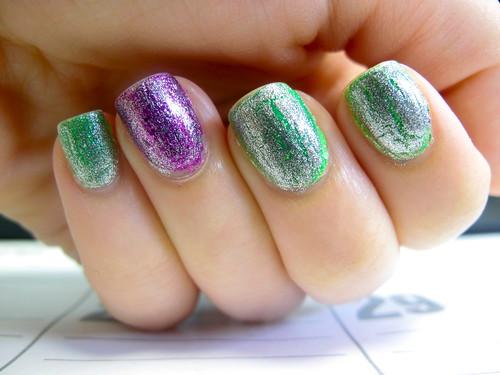 Livingaftermidnite - OPI Shatter Glitter Day 1