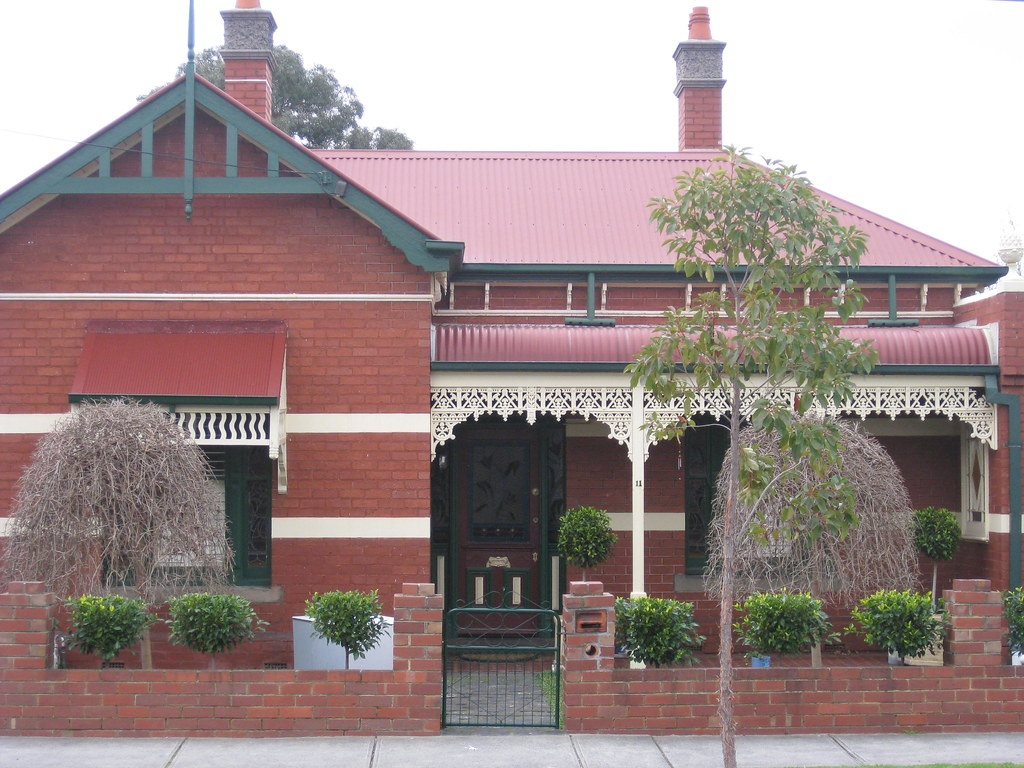 A Victorian Villa with a Queen Anne Facelift - Moonee Ponds