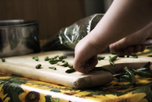 tilly chopping green beans
