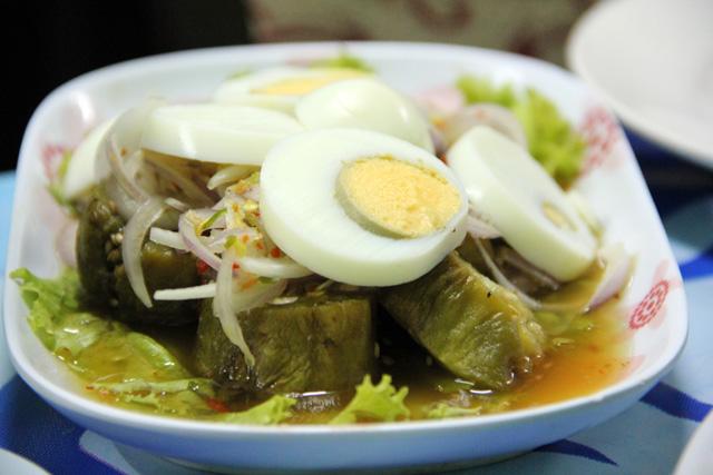 Yam makua (eggplant salad)