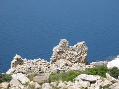 palokastro:ruines d'une forteresse byzantine (Micheline Canal) Tags: mer europe ile ios glise grce cyclades ruines