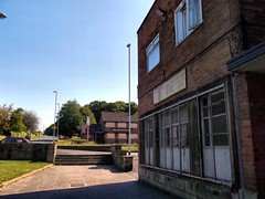 Tung Ying and the Squinting Cat (Northern Dave) Tags: england leeds westyorkshire