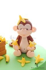 Cheeky Monkey!! (Little Cottage Cupcakes) Tags: birthday boy green cakes monkey bananas crate fondant cheekymonkey sugarpaste littlecottagecupcakes