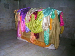 "Im Zentrum des yezidischen Heiligtums • <a style=""font-size:0.8em;"" href=""http://www.flickr.com/photos/65713616@N03/5998031831/"" target=""_blank"">View on Flickr</a>"
