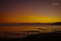 Australian red dawn (Andrea Rapisarda) Tags: red orange seascape clouds sunrise dawn nuvole alba horizon silhouettes australia olympus queensland cairns zuiko oly orizzonte zd nohdr 18180mm albeggiare e620 rapis60 andrearapisarda statphys24