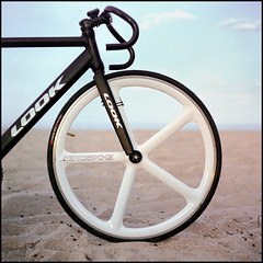 -0007 (hey.poggy) Tags: sea 120 6x6 tlr film beach look bike bicycle squareformat malaysia fixie ph terengganu twinlensreflex mamiyac220 iso160 asa160 aerospoke poggy kodakektacolorpro160 sekor80mmf28 togowk poggyhuggies mrhuggies