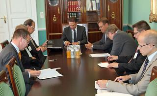 Pääministeri Katainen ja työmarkkinajärjestöjen johtajat