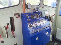 Driving Controls for a Ruston 0-6-0 shunting loco (clive2001uk) Tags: uk england shed loco trains db class 01 depot locomotive railways chiltern wembley regio shunter shunting lmd