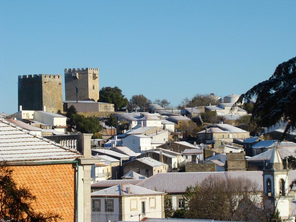 Vista Panorâmica sobre a cidade de Pinhel - com neve , Pinhel