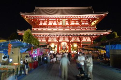 夜の宝蔵門