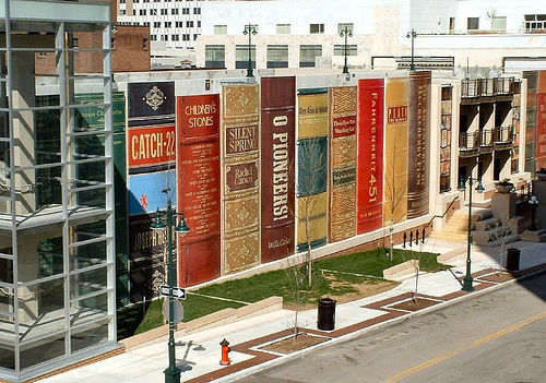 Kansas City Missouri Public Library Exterior 03