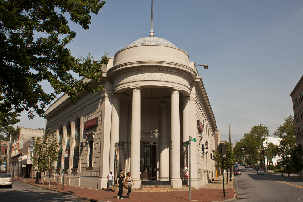 Staten Island Savings Bank Building