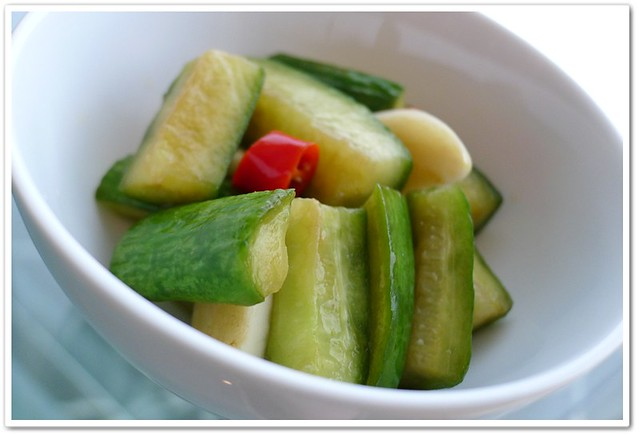 Taiwanese Pickled Cucumbers