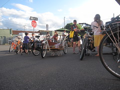 cargobike roll call_05 (METROFIETS) Tags: green beer bike bicycle oregon garden portland construction paint nw box handmade steel weld coat transport craft cargo torch frame pdx custom load cirque woodstove builder haul carfree hpm suppenkuche stumptown paragon stp chrisking shimano custombike cargobike handbuilt beerbike workbike bakfiets cycletruck rosecity crafted 4130 bikeportland 2011 braze longjohn paradiselodge seattlebikeexpo nahbs movebybike kcg phillipross bikefun obca ohbs jamienichols boxbike handmadebike oregonhandmadebikeshow nntma hopworks metrofiets cirqueducycling oregonmanifest matthewcaracoglia palletbike oregonframebuilder seattlebikeshow bikefarmer trailheadcoffee cargobikerollcall