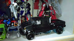TRANSFORMERS DARK OF THE MOON LEADER CLASS IRONHIDE (imranbecks) Tags: transformers dark moon leader class ironhide movie figure hasbro gmc topkick general motors gm paramount toy toys autobot autobots film 2007 2011