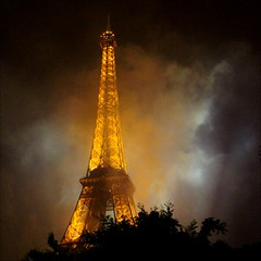 Golden Mist ~ Tour Eiffel ~ Paris ~ MjYj (MjYj) Tags: life city light sunset urban sun mist man paris france art texture beauty seine contrast garden dark french golden soleil fantastic solitude king alone tour time lumire eiffel stephen eden tones ville brume dor encounters espoir img8588 mjyj mjyj