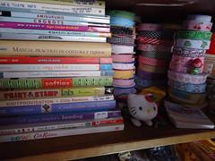 mis libros, mis cintas my books, my laces