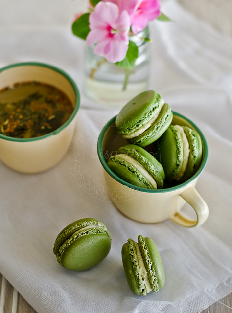 5 Mykeuken-Green Tea Matcha Macarons